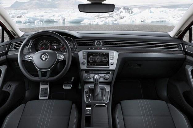 Volkswagen Passat Alltrack /