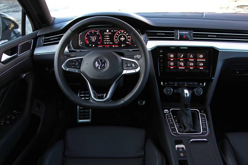Volkswagen Passat Variant 2.0 TDI R-Line Edition /INTERIA.PL