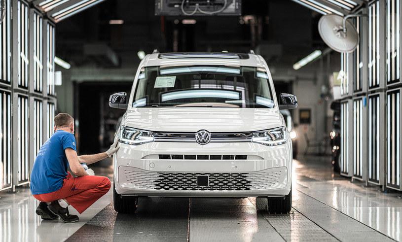 Volkswagen Poznań produkuje głównie samochody dostawcze /