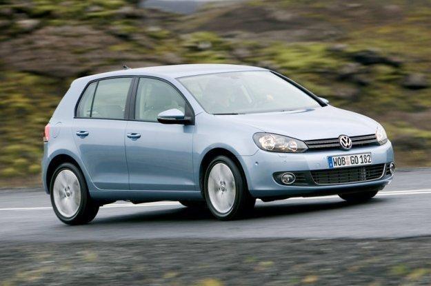 Volkswagen tradycyjnie już okupuje czołówkę sprzedaży /