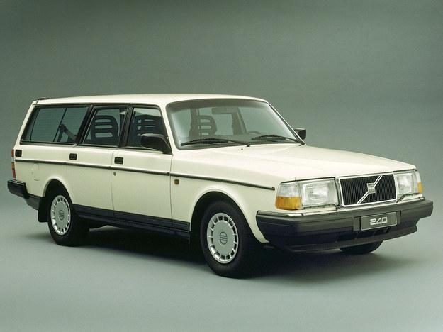 Volvo 240 z dieslem 2.4 bez problemu pokonuje 500 tys. km. /Motor