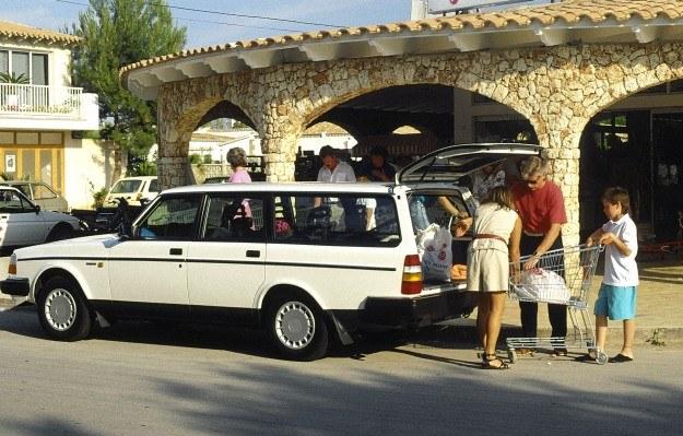 Volvo 240 /