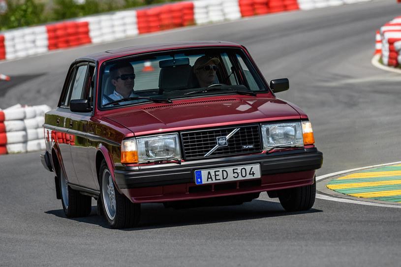 Volvo 244 Turbo, 2.3 /
