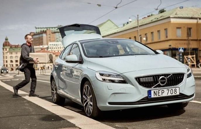 Volvo V40 /