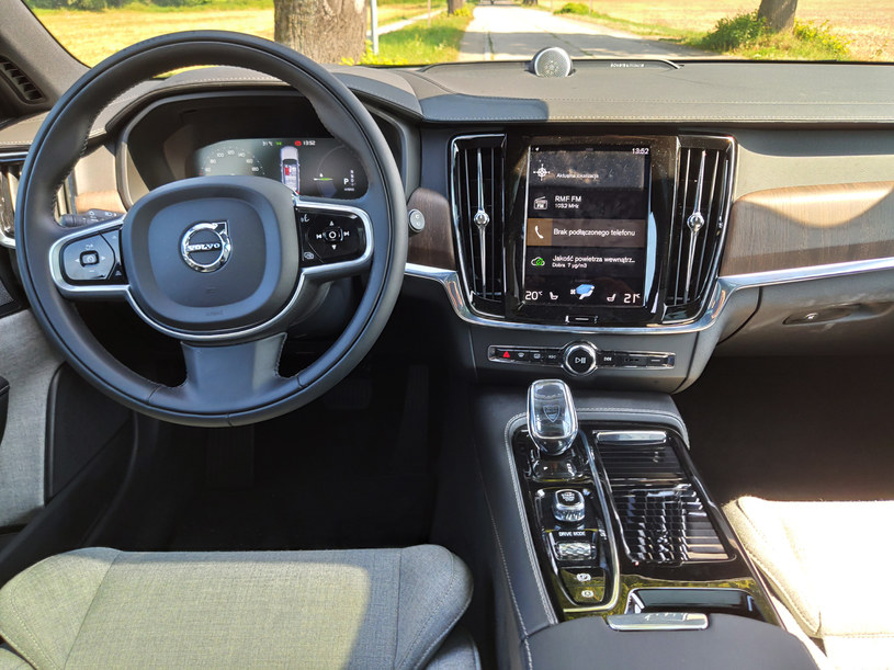 Volvo V90 T8 Recharge Inscription /INTERIA.PL