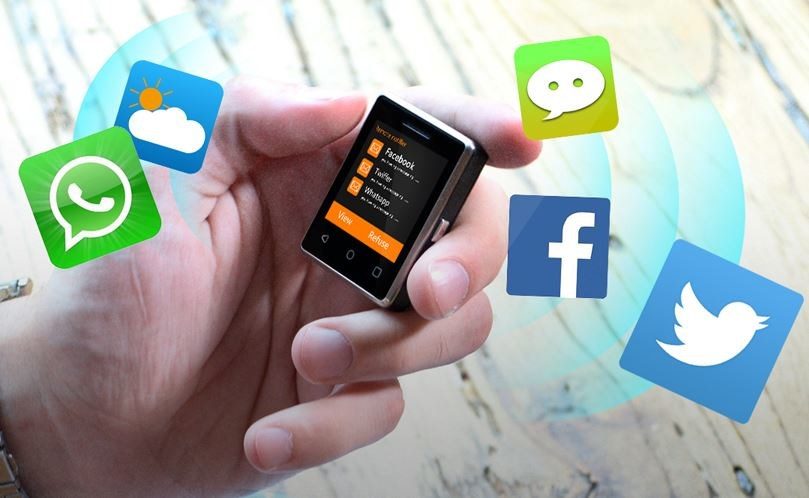 Vphone S8 jest jednym z najmniejszych telefonów na świecie /materiały prasowe