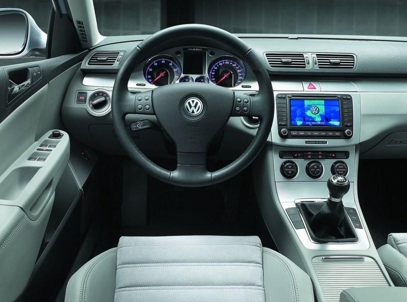 VW Passat B6 /