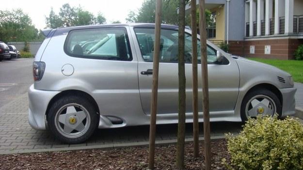 VW polo i spioler PCV.