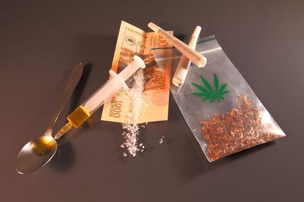 W 1890 r. Sears, Roebuck & Company oferowała klientom strzykawkę, zapas igieł i kokainę za 1,5 dol. /