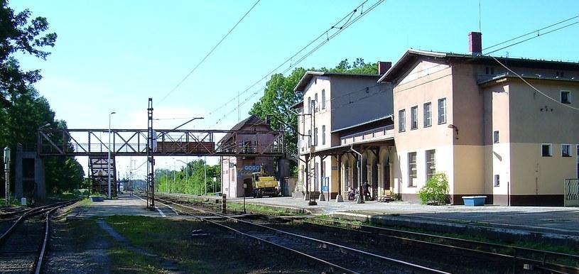 W 1939 roku kolejowy ruch dalekobieżny z Oppeln do Gleiwitz (Gliwic) kierowano przez Gross Strehlitz (Strzelce Opolskie) /Odkrywca