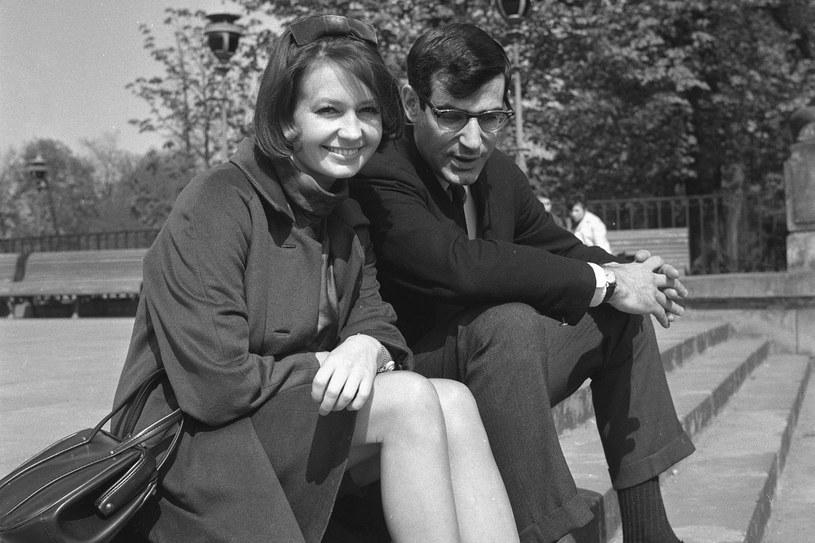 W 1965 r. wzięła drugi ślub. Jej mężem został amerykański dziennikarz David Halberstam. Z jego powodu musiała wyjechać z Polski /East News