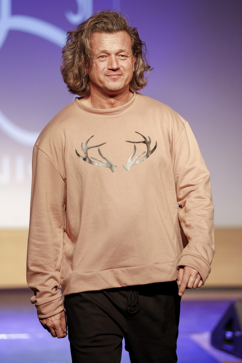 W 2004 roku Jarosław Jakimowicz oddał część wątroby swojemu 7-miesięcznemu wówczas synkowi /AKPA