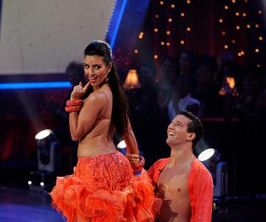 """W 2008 roku Kim Kardashian wystąpiła również w 17. edycji amerykańskiego show """"Dancing with the Stars"""". Z programem pożegnała się jednak już w trzecim odcinku."""