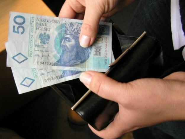 W 2009 r. liczba rencistów spadła do 1,2 mln /INTERIA.PL