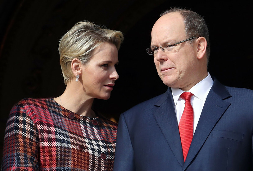 W 2011 roku książkę poślubił piękną pływaczkę, Charlene /AFP/EAST NEWS /East News