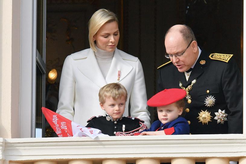 W 2014 roku na świat przyszły bliźniaki - Gabriela i Jakub. Księżna Charlene została wówczas pierwszy raz matką / Stephane Cardinale - Corbis / Contributor /Getty Images