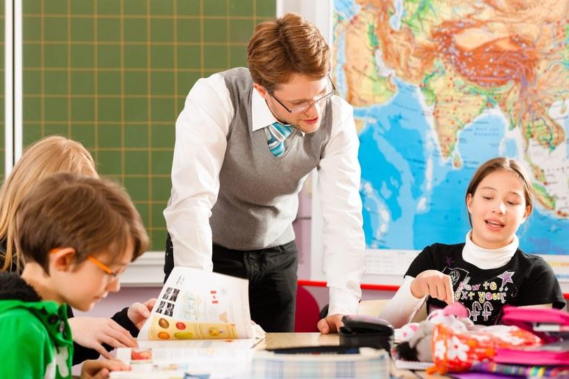 """W 2020 roku wsparciem z programu """"Dobry Start"""" zostało objętych 4,4 milionów uczniów /123RF/PICSEL"""