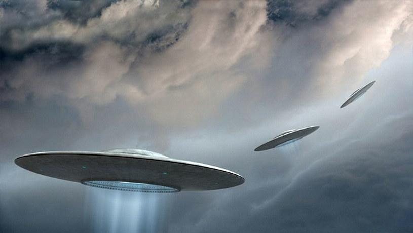 W 2021 roku Pentagon bardzo poważne podszedł do tematyki raportów o latających obiektach /123RF/PICSEL