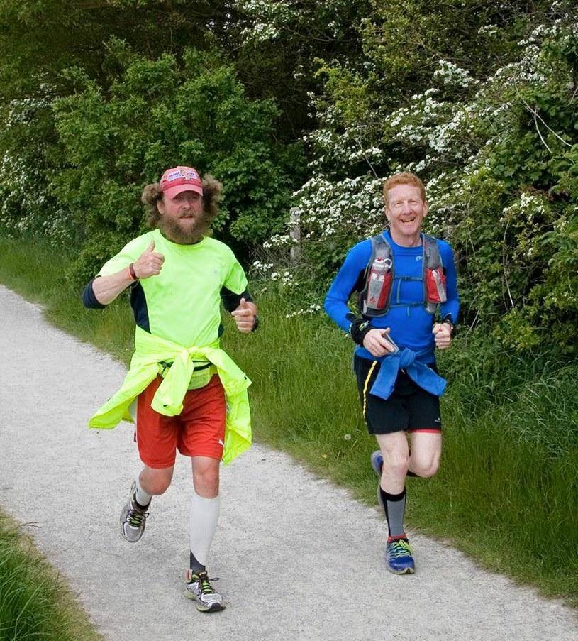 W 42 dni Ewan Gordon przebiegł 1690 km /facebook.com/ewan.gordon1 /materiały prasowe