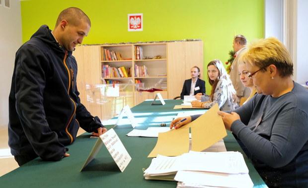 W 52 miastach w Polsce nie ma ani jednego chętnego do zasiadania w komisji wyborczej