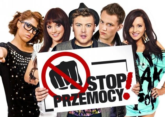 """W akcję """"Stop przemocy!"""" zaangażowali się m.in. Ewa Farna, Marina i Łozo z Afromentalu /Bravo"""