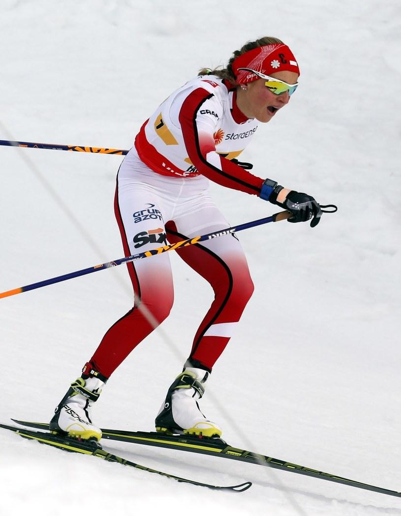 W akcji biegnąca na trzeciej zmianie Ewelina Marcisz w rywalizacji sztafet 4x5 km w mistrzostwach świata w narciarstwie klasycznym w szwedzkim Falun /Grzegorz Momot /PAP