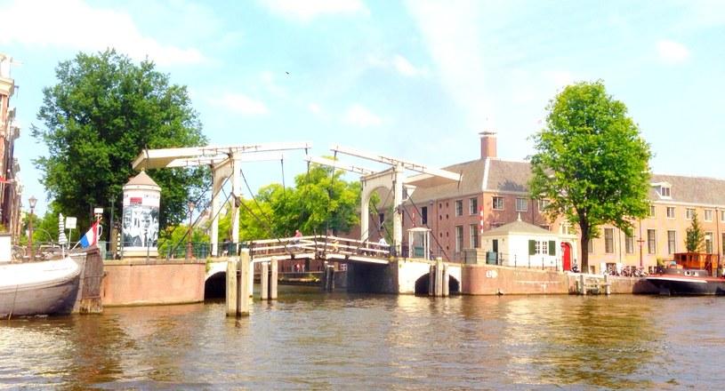 W Amsterdamie jest ponad 1280 mostów /Marcin Jędrasiewicz /INTERIA.PL