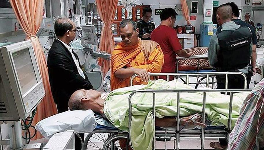 W ataku rannych zostało także dwóch innych mnichów / STR   /PAP/EPA