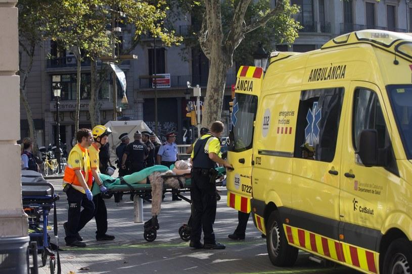 W ataku w Barcelonie zginęło co najmniej 13 osób /PAP/EPA
