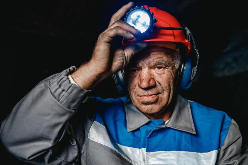 W Australii górnicy zarabiają krocie /123RF/PICSEL