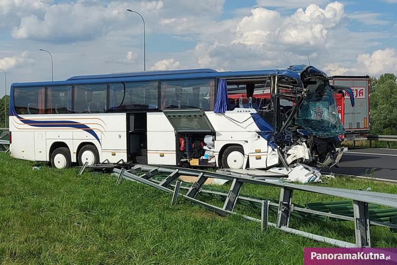 W autobusie jechało 44 dzieci (Źródło: PanoramaKutna.pl) /