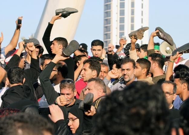 W Bahrajnie trwają antyrządowe protesty /AFP