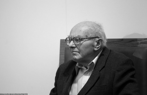 """W """"Balladzie o Janku Wiśniewskim"""" jeden z fragmentów brzmi: """"Krwawy Kociołek to kat Trójmiasta, przez niego giną dzieci, niewiasty"""" /Stanisław Kowalczuk /East News"""