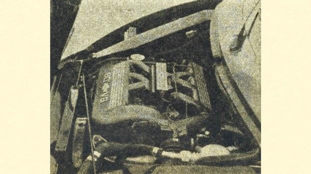 W bardzo krótkiej komorze silnikowej zdołano umieścić silnik V6 o kącie rozchylenia cylindrów 60°. Wymagało to przekonstruowania silnika seryjnego, dzięki czemu obniżono go o 18 cm. /Chevrolet