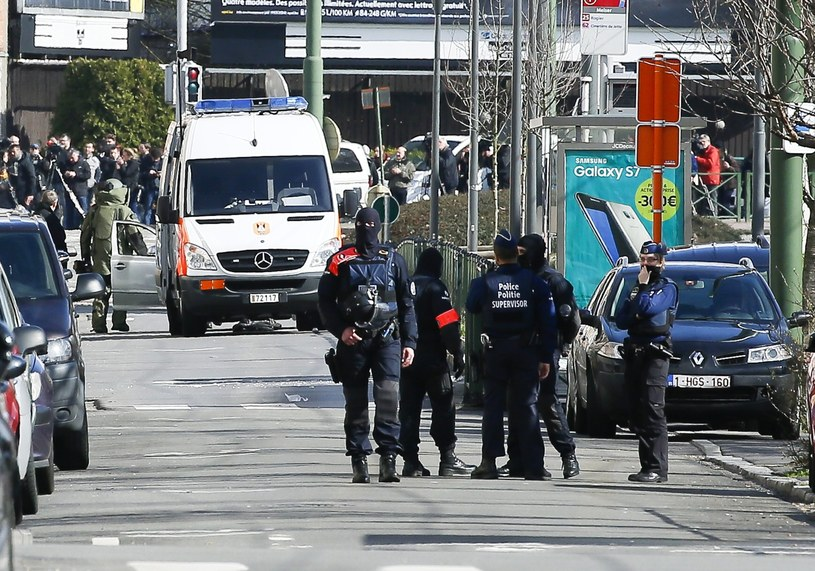 W Belgii wciąż obowiązuje najwyższy stopień zagrożenia terrorystycznego /JULIEN WARNAND /PAP/EPA