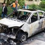 W Berlinie znów płonęły samochody