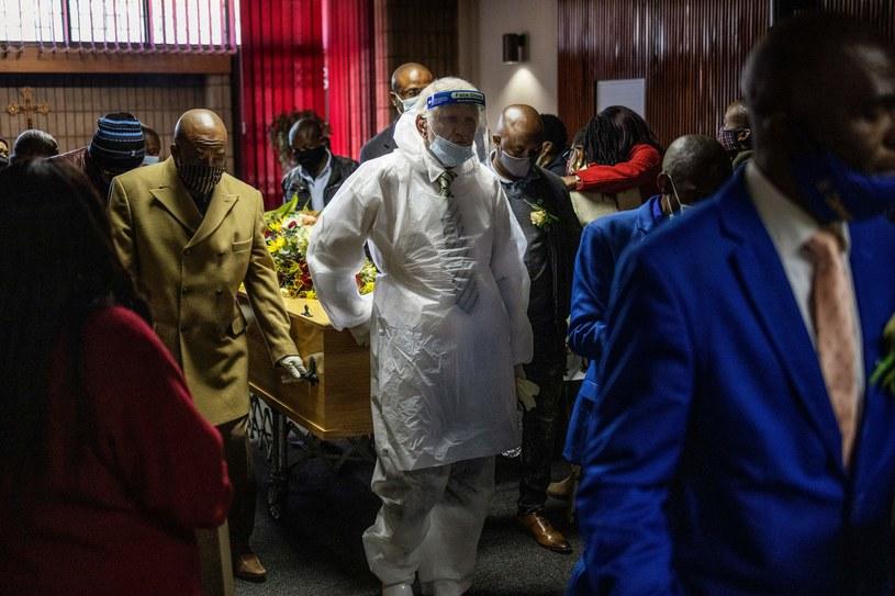 W Brazylii jest już ponad 90 tysięcy ofiar koronawirusa /AFP