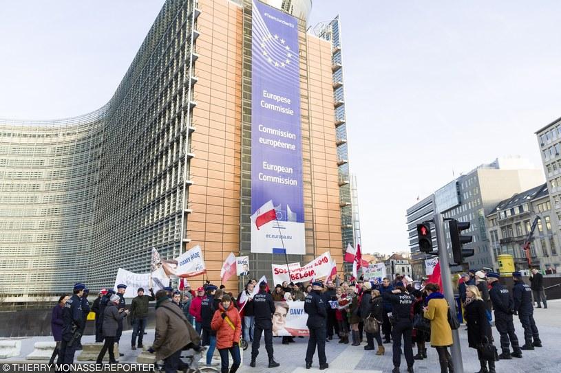 W Brukseli odbyły się protesty zarówno zwolenników jak i przeciwników prezydenta Andrzeja Dudy /Thierry Monasse/REPORTER /East News
