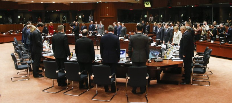 W Brukseli trwa nadzwyczajny szczyt przywódców państw UE /PAP/EPA