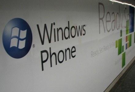 W całej Barcelonie znajdziemy plakaty Windows Phone 7 Series /INTERIA.PL