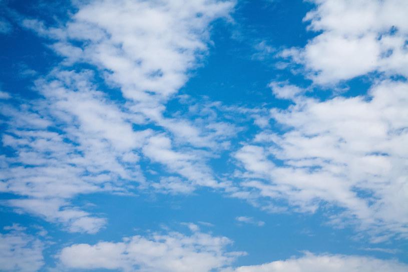 W całej Polsce będzie ciepło i słonecznie /123RF/PICSEL
