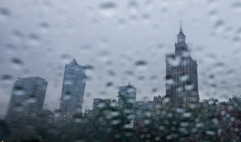 W całym kraju intensywnie pada /Tomasz Jastrzębowski /Reporter