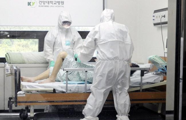 W całym kraju wirusem MERS zaraziło się już 87 osób /Konyang University hospital /PAP/EPA
