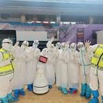 W Chinach roboty opiekują się pacjentami chorymi na koronawirusa