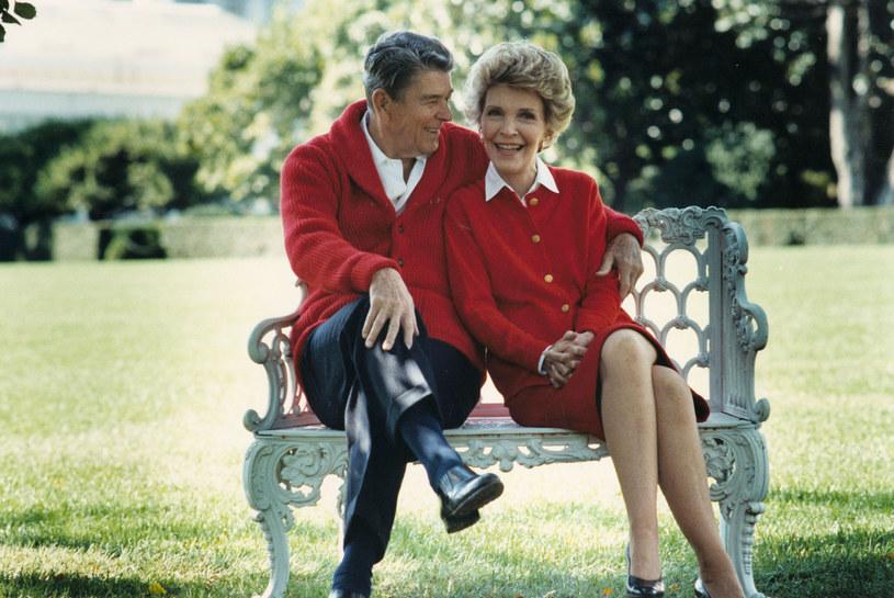 W ciągu 10 ostatnich lat życia Ronalda Nancy opiekowała się nim osobiście /Getty Images