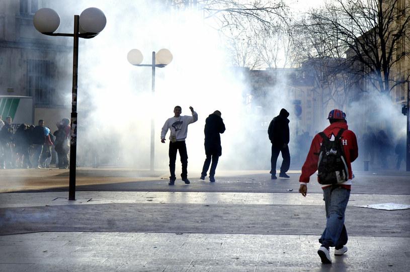 W ciągu 2-3 lat protesty społeczne mogą wybuchnąć z niespotykaną od dawna siłą / Fot. Bruno AMSELLEM/Editing /Reporter