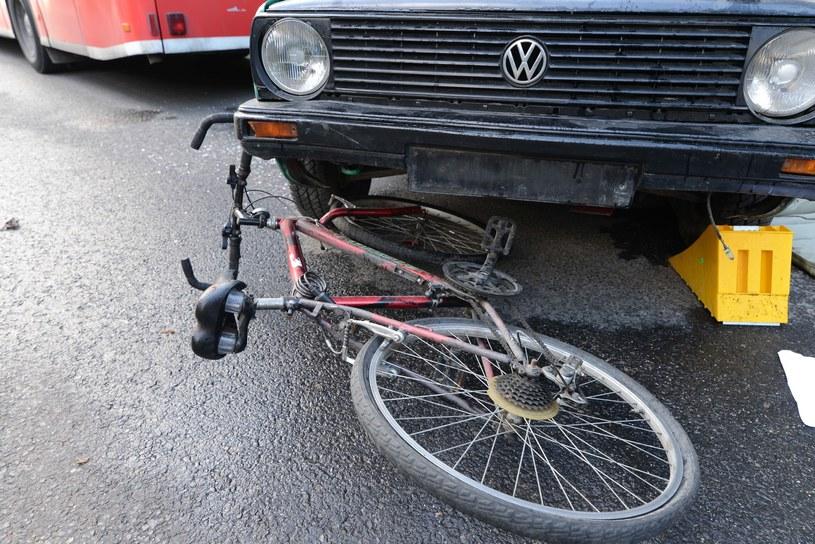 W ciągu roku na drogach zginęło 220 rowerzystów /Adam Staśkiewicz /East News