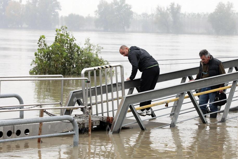 W ciągu tygodnia w wyniku wichur i gwałtownych burz oraz ulew we Włoszech zginęło około 30 osób (zdj. wykonane w Boretto) /ELISABETTA BARACCHI /PAP/EPA