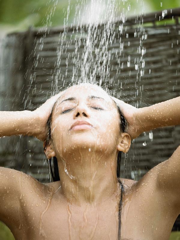 W ciepłe dni prysznic możesz fundować sobie nawet kilka razy dziennie  /© Panthermedia