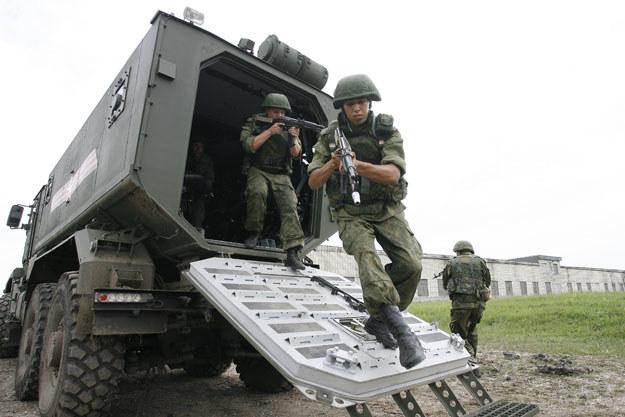 W ćwiczeniach zaangażowanych było nawet sto tysięcy żołnierzy (zdjęcie ilsutracyjne) /AFP